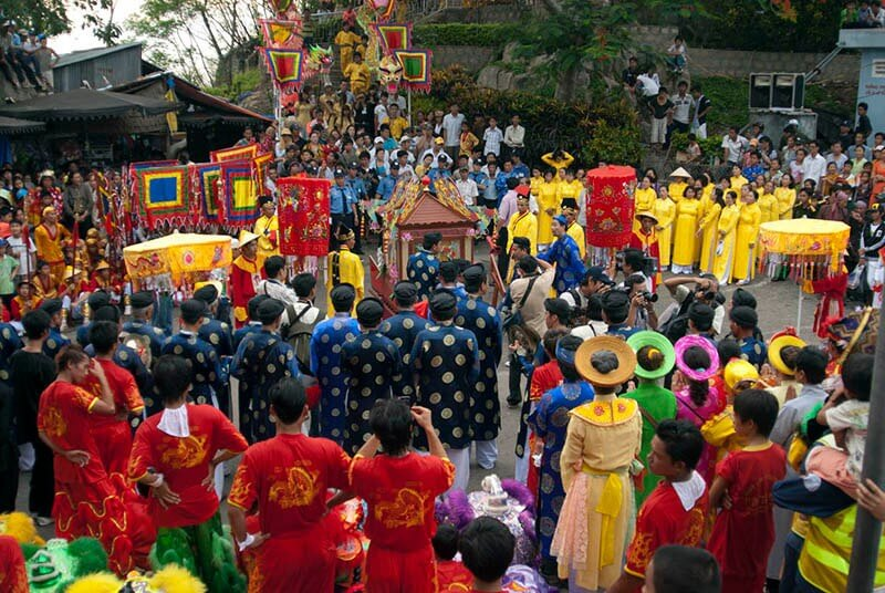 Vietnamese holidays – traditional holidays of a nation
